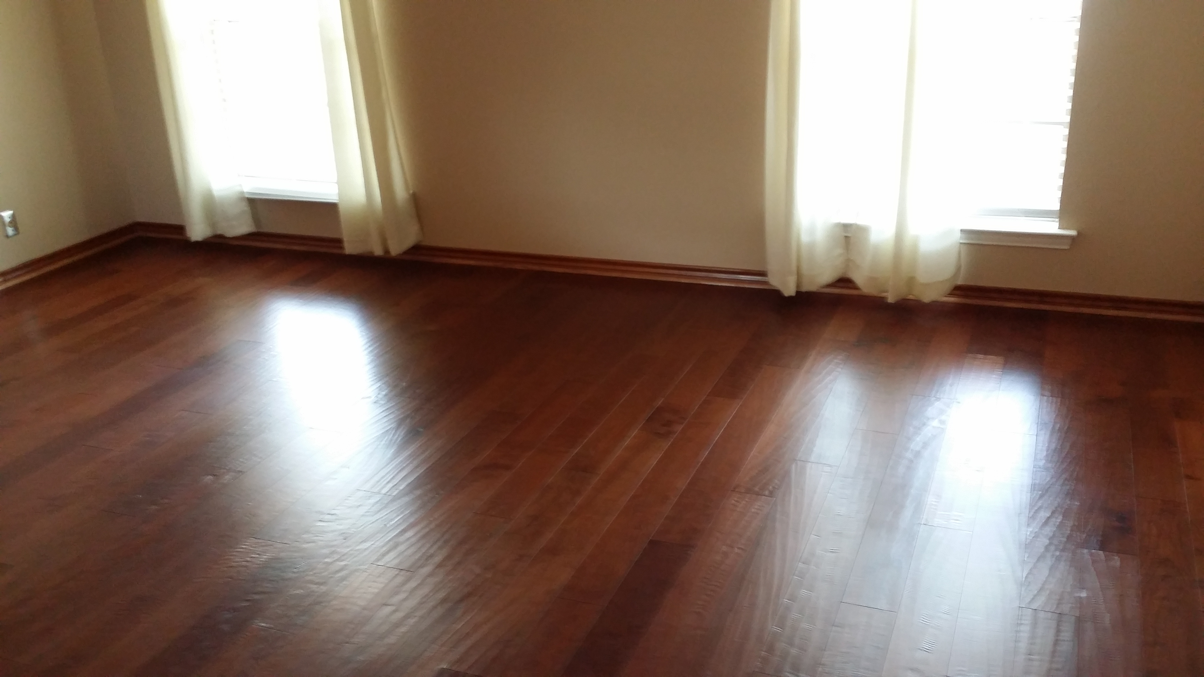 Hardwood Floors Cleaning Services in Plano Tx